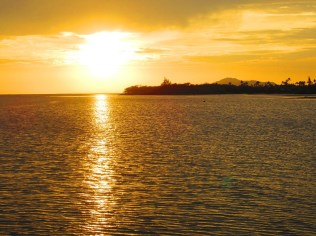 Maunalua Bay