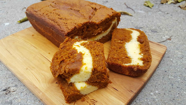 Cream Cheese Pumpkin Bread - HMLP 62 Feature