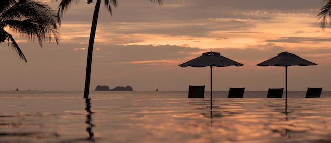 beautiful sunsets costa rica