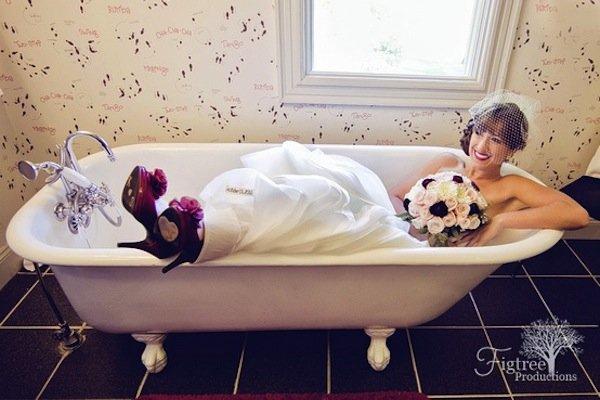 awkward wedding photos brides in bathtubs