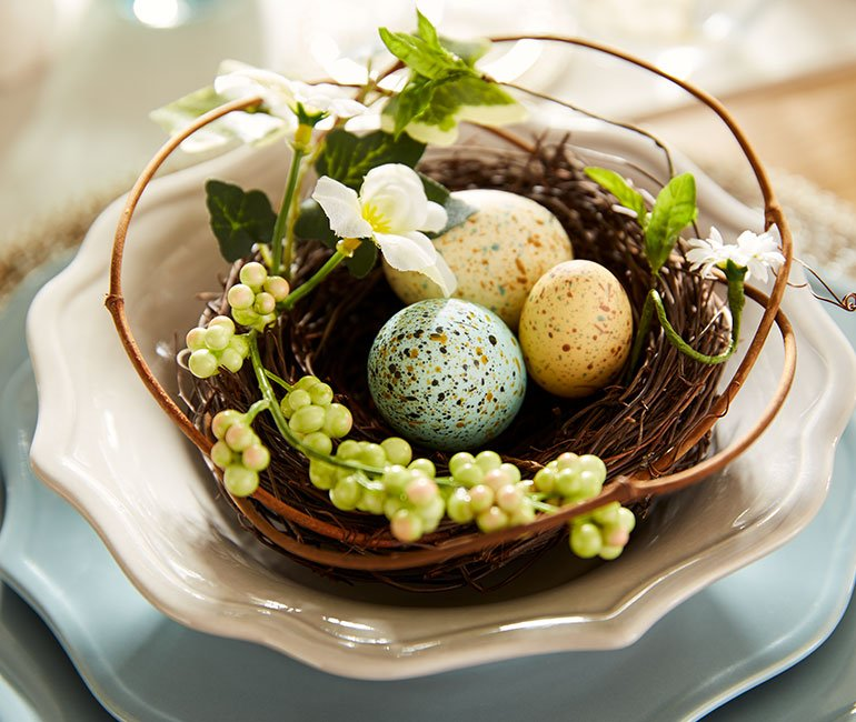 easter tablescape idea by Pier 1, nested eggs! Click to see even more easter decor ideas