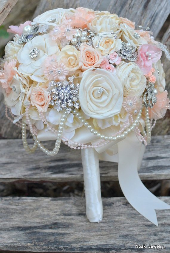 {Wedding Wednesday} Glam and Gorgeous Bridal Bouquets