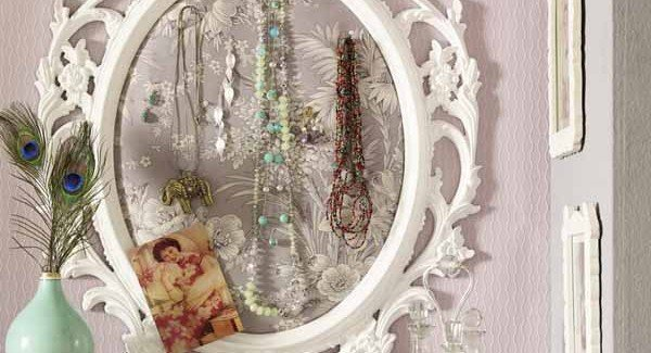 1000 Ideas About Mirror Border On Pinterest: Six Creative Jewelry Storage Ideas