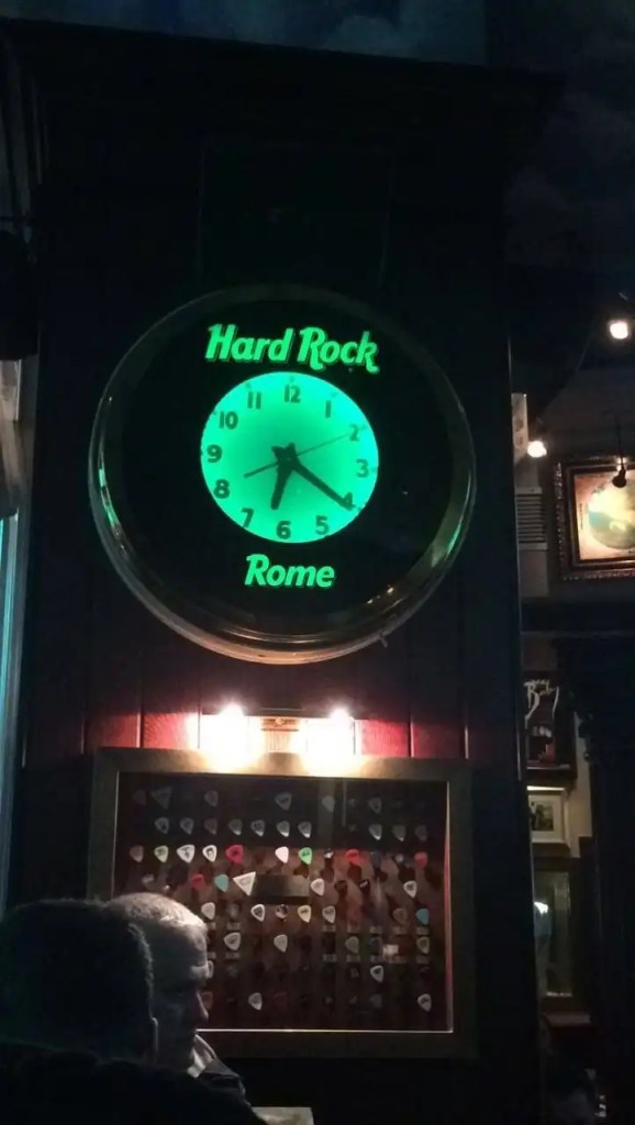 3 Days in Rome - Hard Rock Cafe