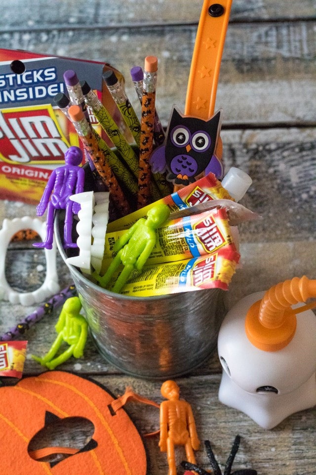 Slim Jim Halloween Bucket (1 of 1)