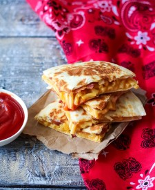 Loaded Mac & Cheese Quesadilla-10
