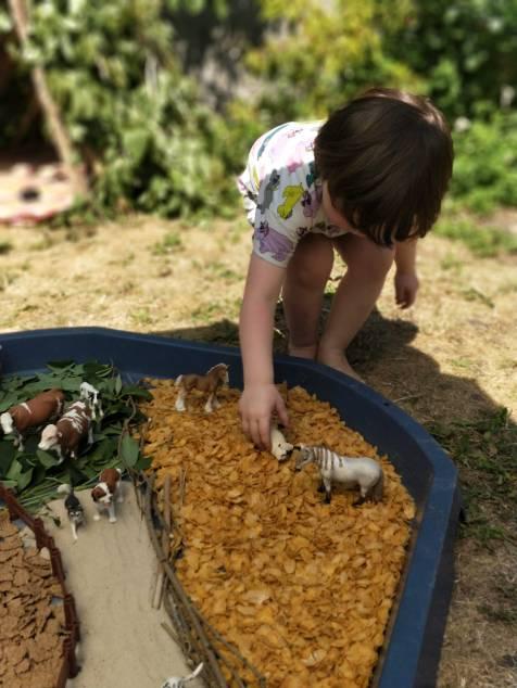 Tuff Tray Build A Farm