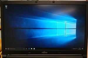 富士通ノートパソコン「LIFEBOOK A576/N」へWindows10Proをクリーンインストールする方法