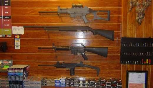 グアム旅行で実弾を撃てる所で実際に拳銃を撃ってみた!観光名所