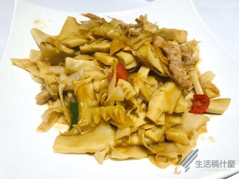 高雄明誠台菜餐廳:老婆的菜   適合家人朋友聚餐的中式料理 高山脆筍