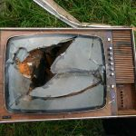 LXP - Lifexpe - Is Online TV Killing Traditional TV? (Infographic)