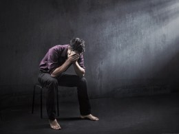 LXP - Lifexpe - Devastating Facts Most Entrepreneurs Still Ignore Sad and lonely man missing his lover