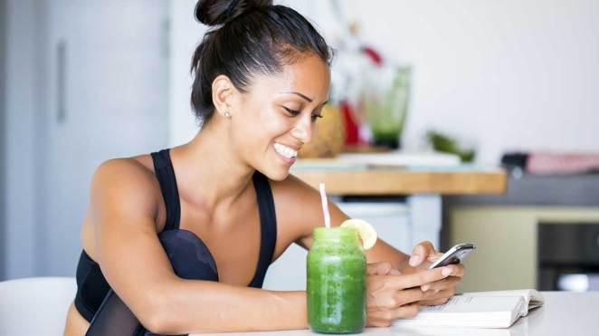 LXP Lifexpe Life Experiences liquid vitamins cute beautful woman drinking healthy vitamins hyn