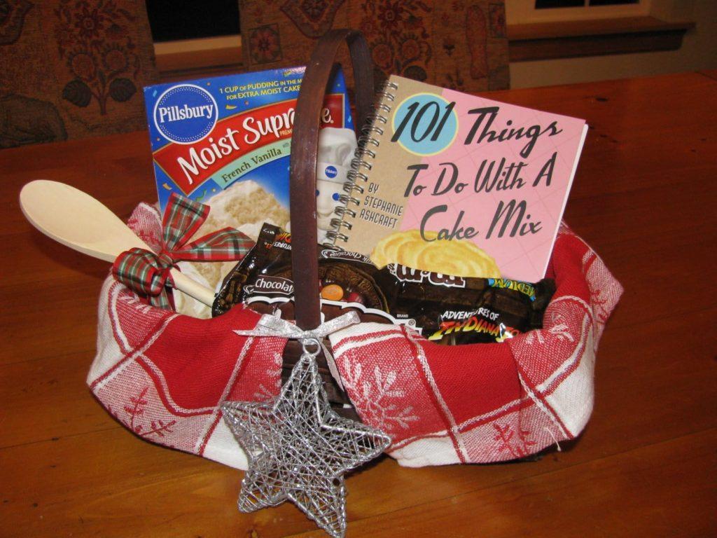 Christmas themed gift baskets ideas