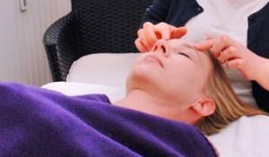 Ansigtszoneterapi hos Lifezone