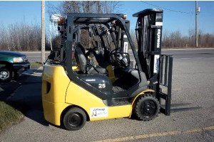Used Forklifts - Komatsu FG25ST-16