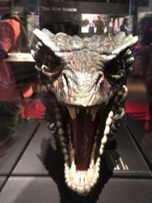 Réplica da cabeça de um dos dragões de Daenerys