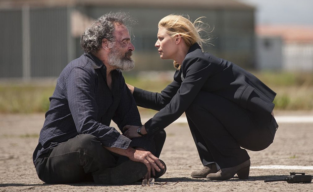 Homeland_409_0484.R_article_story_large