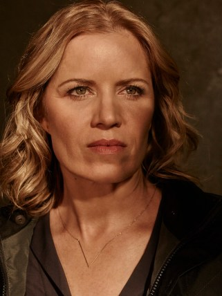 Kim Dickens as Madison - Fear The Walking Dead _ Season 1, Gallery - Photo Credit: Frank Ockenfels 3/AMC