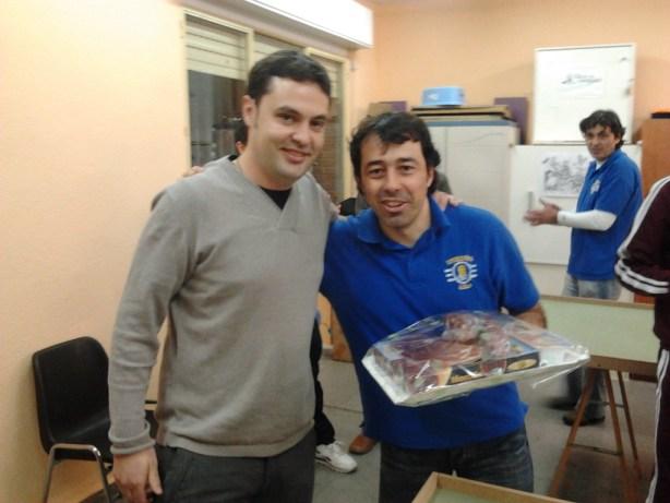 Roberto Moseco fue obsequiado con un lote especial de embutidos