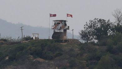 صورة إطلاق النار علي نقطة عسكرية حدودية لكوريا الجنوبية من كوريا الشمالية