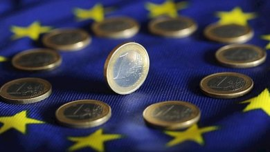 صورة اقتصاديات منطقة اليورو ستنكمش بنسب غير متكافئة هذا العام بسبب الفيروس كورونا الاقتصادي