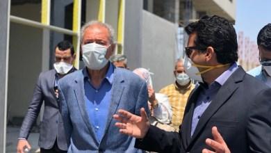 صورة وزير الرياضة  المصري ورئيس الاتحاد الدولى لكرة اليد يتفقدان الصالة المغطاة ب6 أكتوبر