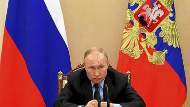 صورة بوتين يدعو للاستفتاء في 1 يوليو ليظل في السلطة حتى مدي الحياة او عام 2036 !!