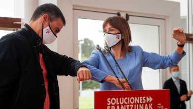 """صورة رئيس الحكومة سانشيز يعتبر استراتيجية """"المضايقات والإطاحة"""" التي يمارسها اليمين المعارض ضد الحكومة """"غير ناجحة"""""""