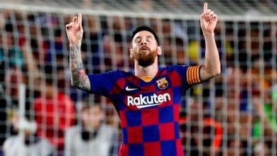 صورة ميسي البطل العالمي يتراجع ويعلن أنه سيبقى في برشلونة