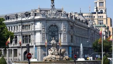 صورة بنك إسبانيا يقدر حدوث انخفاض في الناتج المحلي الإجمالي يصل إلى 12.6٪ هذا العام بسبب تفشي الجائحة