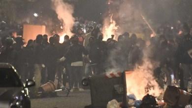 صورة إيطاليا: في نابولي اشتباكات بسبب تطبيق حظر التجوال في منطقة كامبانيا