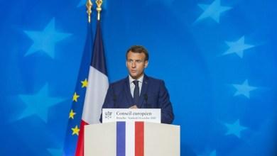 صورة فرنسا تقع في بئر الوباء وماكرون يفرض إغلاقًا وطنيًا جديدًا حتى الأول من ديسمبر