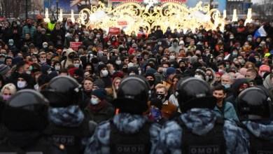 صورة روسيا: الاتحاد الدولي للصحفين يتولى قضايا تعرض الصحفيين للضرب والاعتقال أثناء تغطيتهم للاحتجاجات