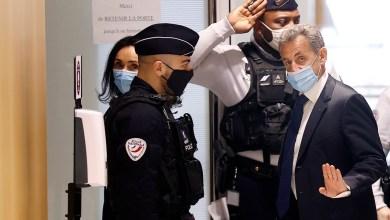 صورة أخيرا حكم على الرئيس الفرنسي السابق نيكولا ساركوزي بالسجن ثلاث سنوات بتهمة الفساد واستغلال النفوذ