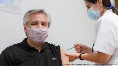 صورة الضربه القاضية للمافيا نتائج اختبار رئيس الأرجنتين إيجابية للمستضدات على الرغم من تطعيمه بالجرعة الثانية