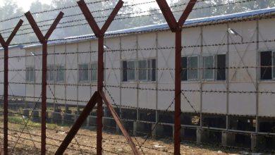 صورة ميانمار: منع الصحفيون من تغطية نشر لقاح للاجئين المسلمين في ولاية راخين