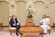 صورة وزير خارجية عُمان يتسلم أوراق اعتماد سفير مصر الجديد لدى السلطنة