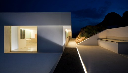 House on the Cliff - Fran Silvestre Arquitectos (30)