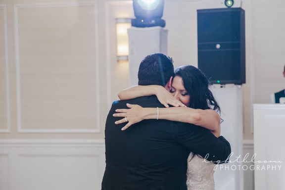 Bluewater Grill Airlie Gardens Wedding Photographer