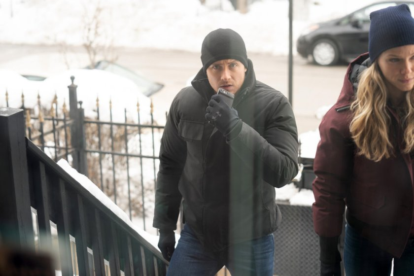 """CHICAGO P.D. -- """"Impossible Dream"""" Episode 809 -- Pictured: (l-r) Jesse Lee Soffer as Jay Halstead, Tracy Spiridakos as Hailey Upton -- (Photo by: Sandy Morris/NBC)"""