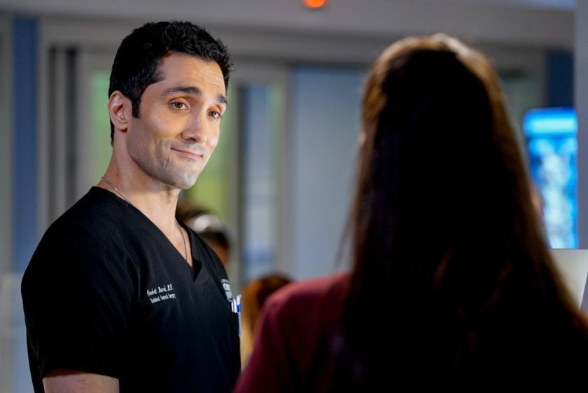 """CHICAGO MED -- """"Letting Go Olny To Come Together"""" Episode 611 -- Pictured: Dominic Rains as Crockett Marcel -- (Photo by: Elizabeth Sisson/NBC)"""