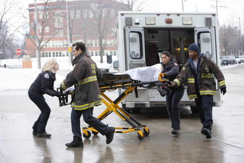 "CHICAGO FIRE -- ""Double Red"" Episode 909 -- Pictured: (l-r) Kara Killmer as Sylvie Brett, Alberto Rosende as Blake Gallo, Adriyan Rae as Gianna Mackey, Daniel Kyri as Ritter -- (Photo by: Adrian S. Burrows Sr./NBC)"