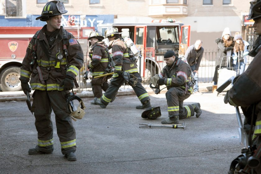 "CHICAGO FIRE -- ""One Crazy Shift"" Episode 910 -- Pictured: (l-r) Jesse Spencer as Matthew Casey, Joe Minoso as Joe Cruz -- (Photo by: Adrian S. Burrows Sr./NBC)"