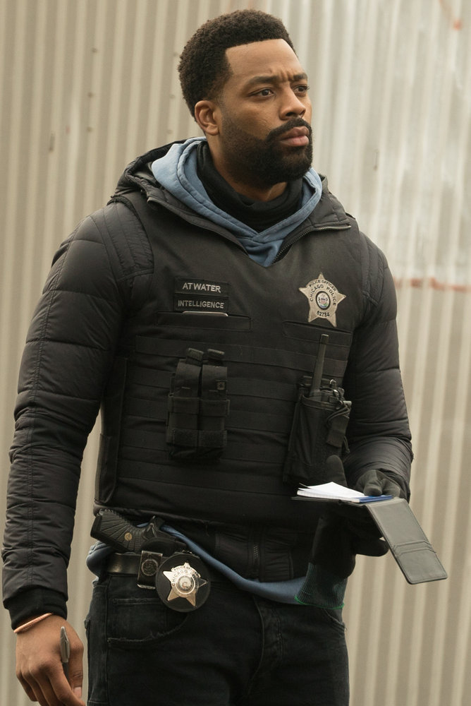 """CHICAGO P.D. -- """"Due Process"""" Episode 812 -- Pictured: LaRoyce Hawkins as Kevin Atwater -- (Photo by: Lori Allen/NBC)"""