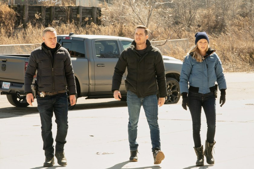 """CHICAGO P.D. -- """"Due Process"""" Episode 812 -- Pictured: (l-r) Jason Beghe as Hank Voight, Jesse Lee Soffer as Jay Halstead, Tracy Spiridakos as Hailey Upton -- (Photo by: Lori Allen/NBC)"""