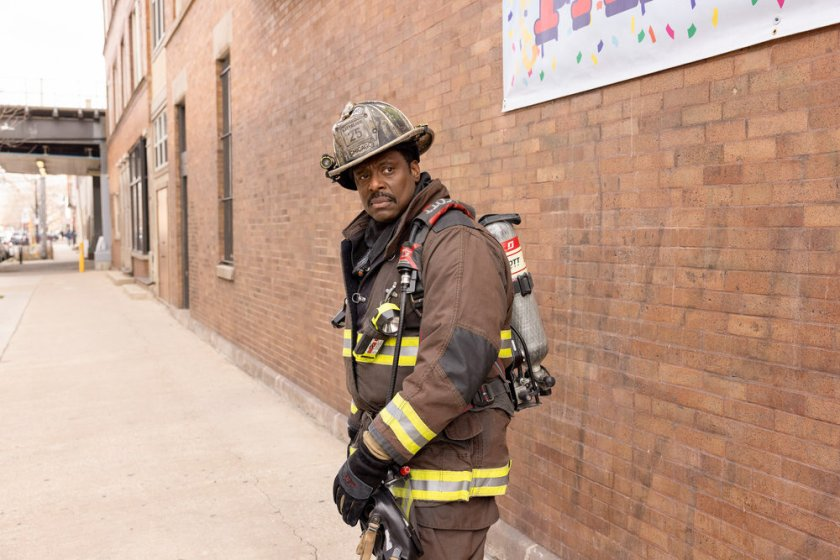 """CHICAGO FIRE -- """"Natural Born Firefighter"""" Episode 912 -- Pictured: Eamonn Walker as Wallace Boden -- (Photo by: Adrian S. Burrows Sr./NBC)"""