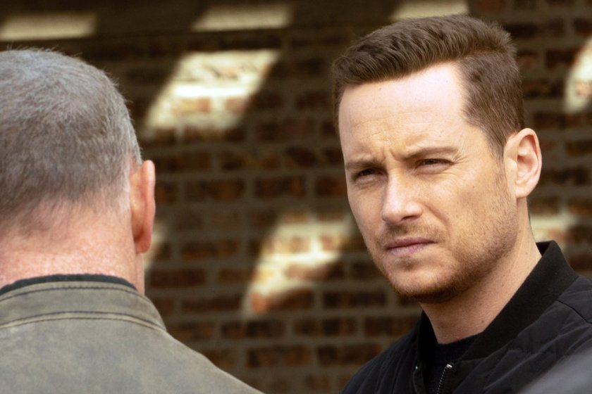 """CHICAGO P.D. -- """"Trouble Dolls"""" Episode 813 -- Pictured: Jesse Lee Soffer as Jay Halstead -- (Photo by: Lori Allen/NBC)"""