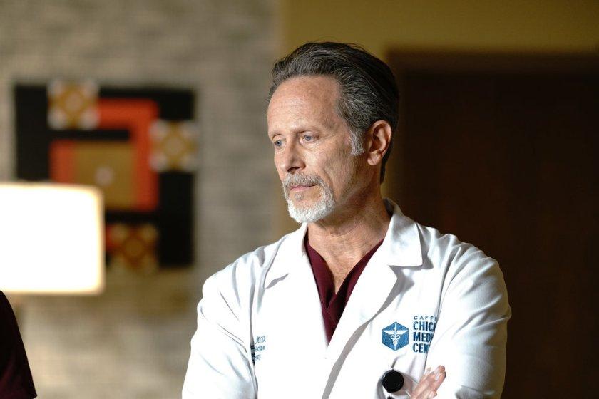"CHICAGO MED -- ""Stories, Secrets, Half Truth and Lies"" Episode 615 -- Pictured: Steven Weber as Dr. Dean Archer -- (Photo by: Elizabeth Sisson/NBC)"