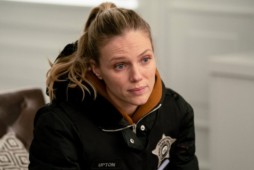 "CHICAGO P.D. -- ""Safe"" Episode 814 -- Pictured: Tracy Spiridakos as Hailey Upton -- (Photo by: Lori Allen/NBC)"